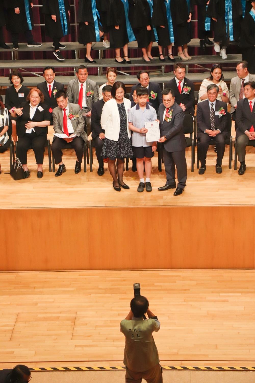 http://pohckwps.edu.hk/sites/default/files/44_8.jpg