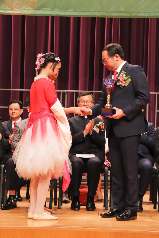 http://pohckwps.edu.hk/sites/default/files/60_4.jpg