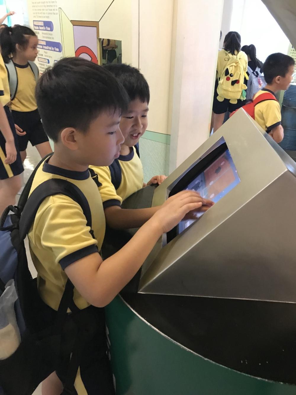 http://pohckwps.edu.hk/sites/default/files/61_5.jpg