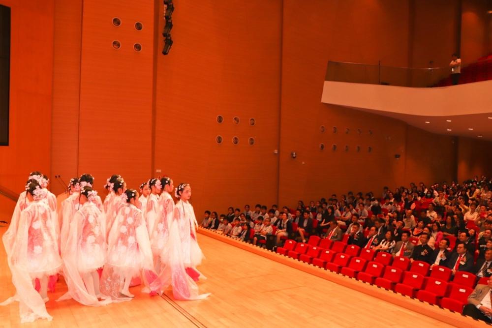 http://pohckwps.edu.hk/sites/default/files/82_4.jpg